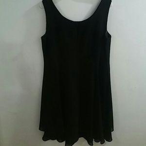 Virgo Black Sleevless Dress